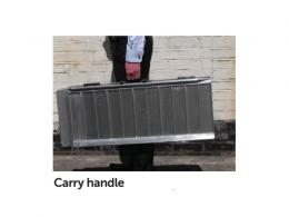 Aluminium access ramp with carry handle