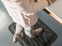 media/catalog/category/kleen-komfort-office-anti-fatigue-mat-3.jpg