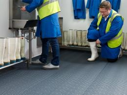 media/catalog/category/kleenwave-wet-area-safety-floor-matting-1.jpg