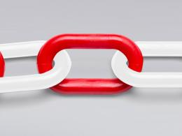 Red and White Plastic Garden Chain