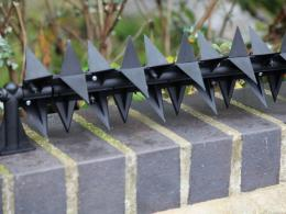 rotating-wall-spikes