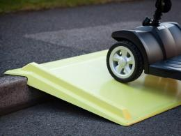media/catalog/category/wheelchair-kerb-ramp-5.jpg