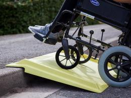 media/catalog/category/wheelchair-kerb-ramp-7.jpg