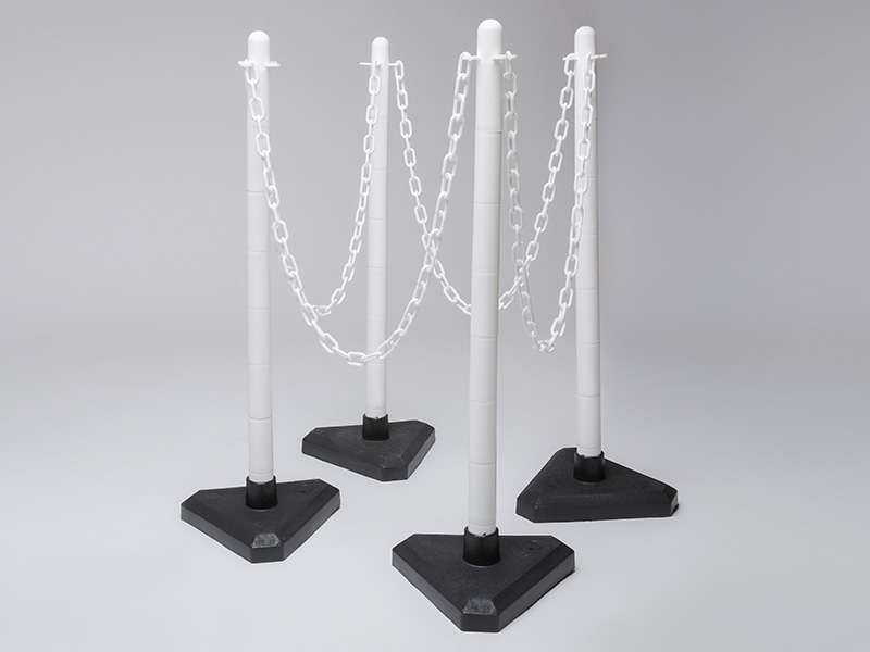 Concrete base post and chain kits