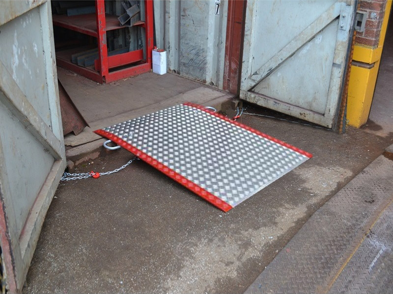 Ground Level Container Aluminium Access Ramps