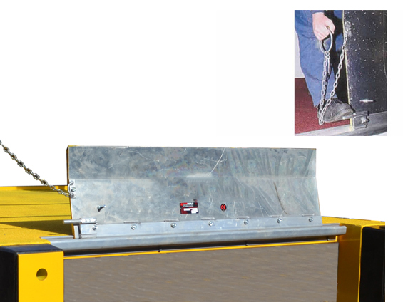 Hinged Dock Plates : Hinged bridge dock plate loading boards plates