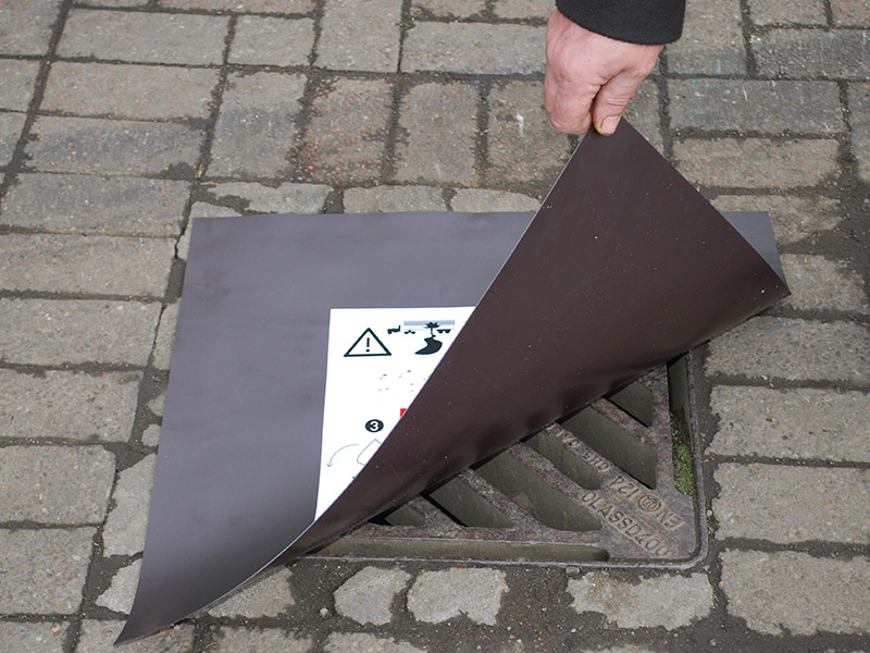 Magnetic Drain Cover