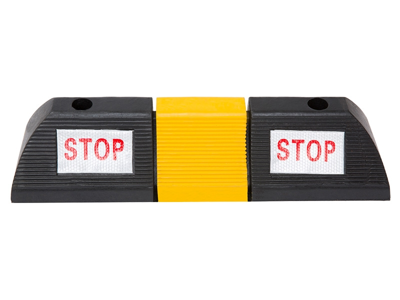 Rubber parking blocks for garages or car parks
