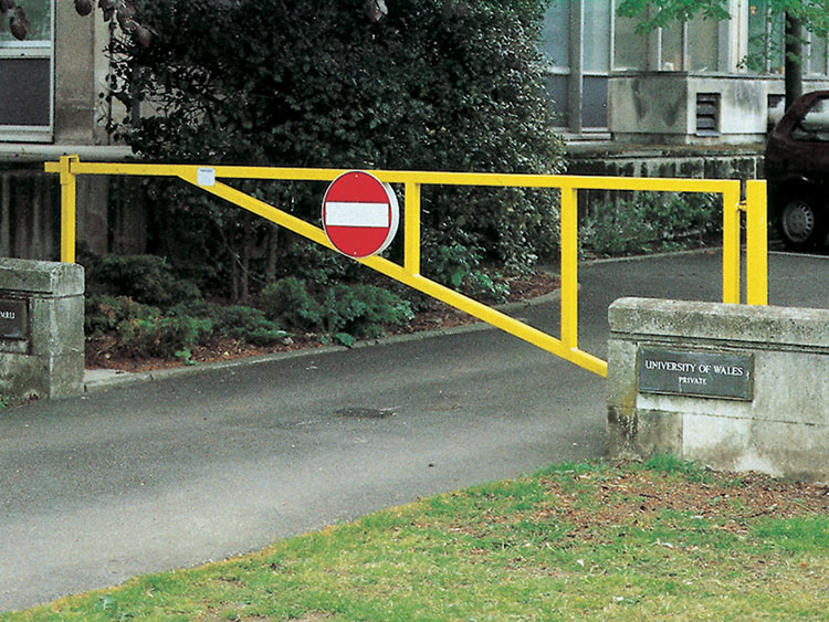 Buy swing gates free delivery