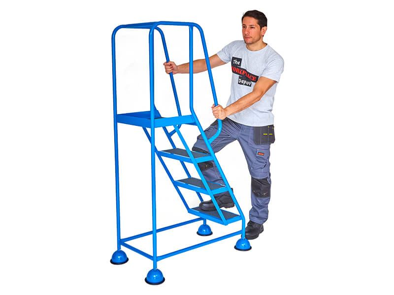 Mobile Steps with Handrail