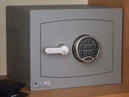 Electronic Mini Vault