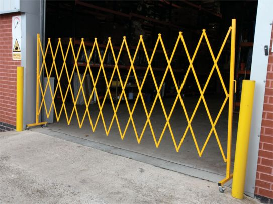 Large Expandable Barrier